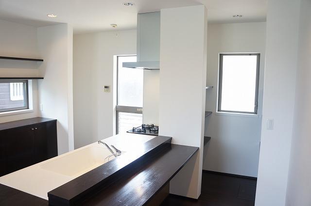 キッチンカウンター+収納