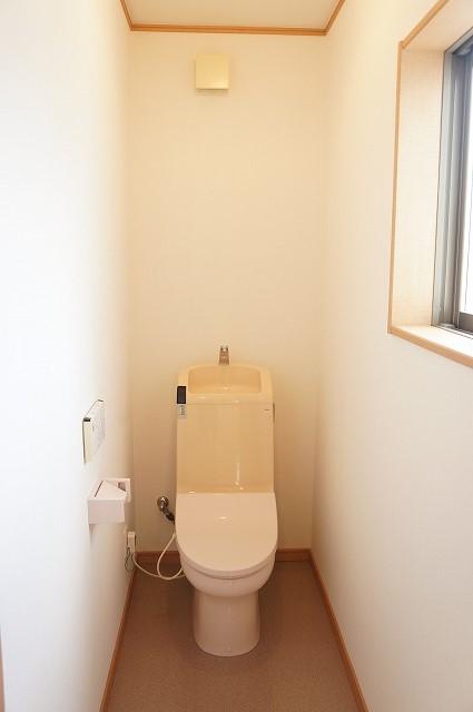 2階にもトイレあります