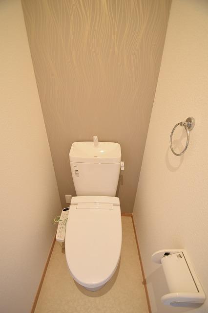 2階にもトイレあります♪