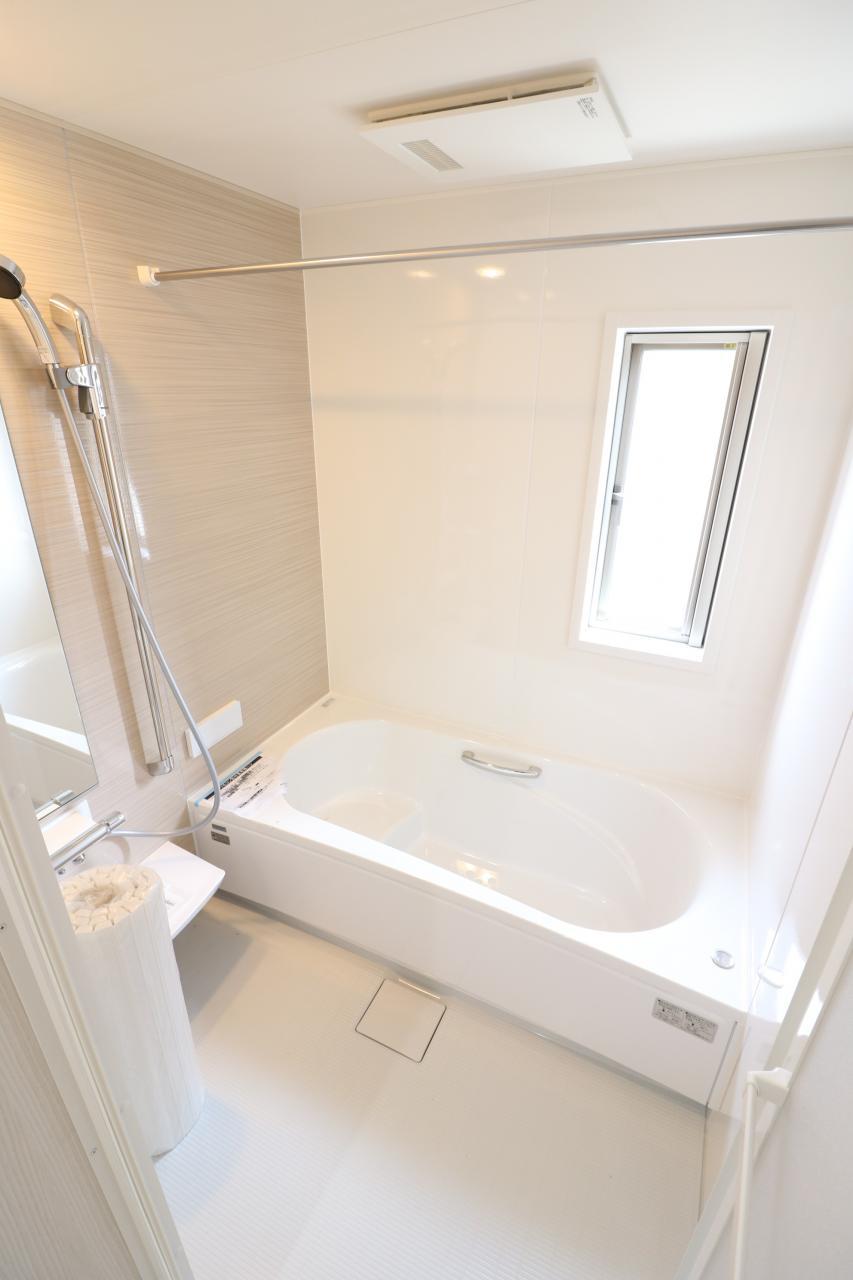 浴室乾燥機付きユニットバス