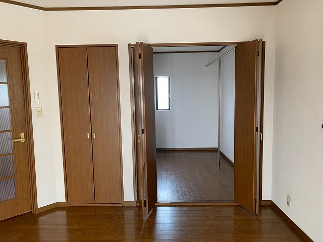 2階洋室(8帖)