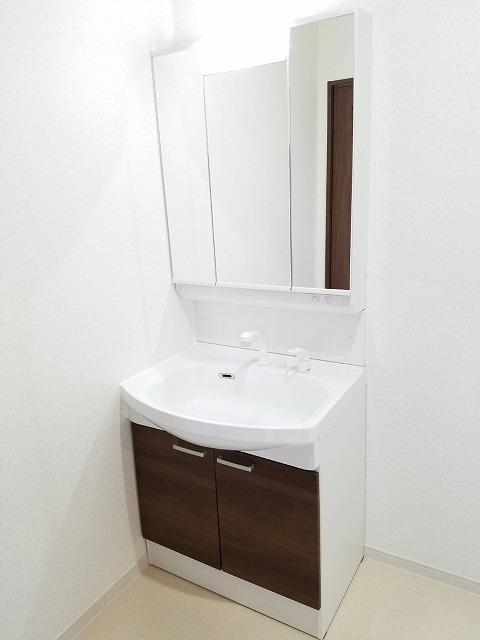 【洗面台】