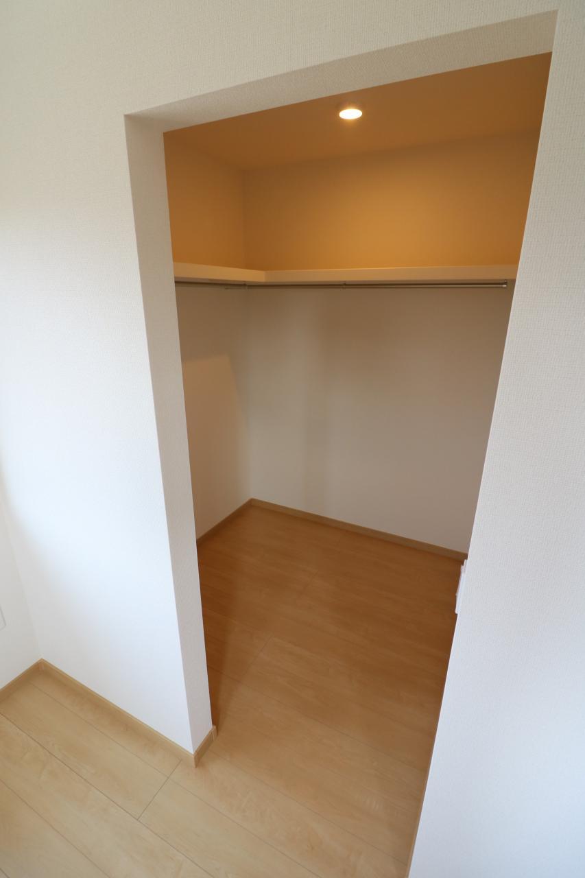 2階洋室2 ウォークインクローゼット