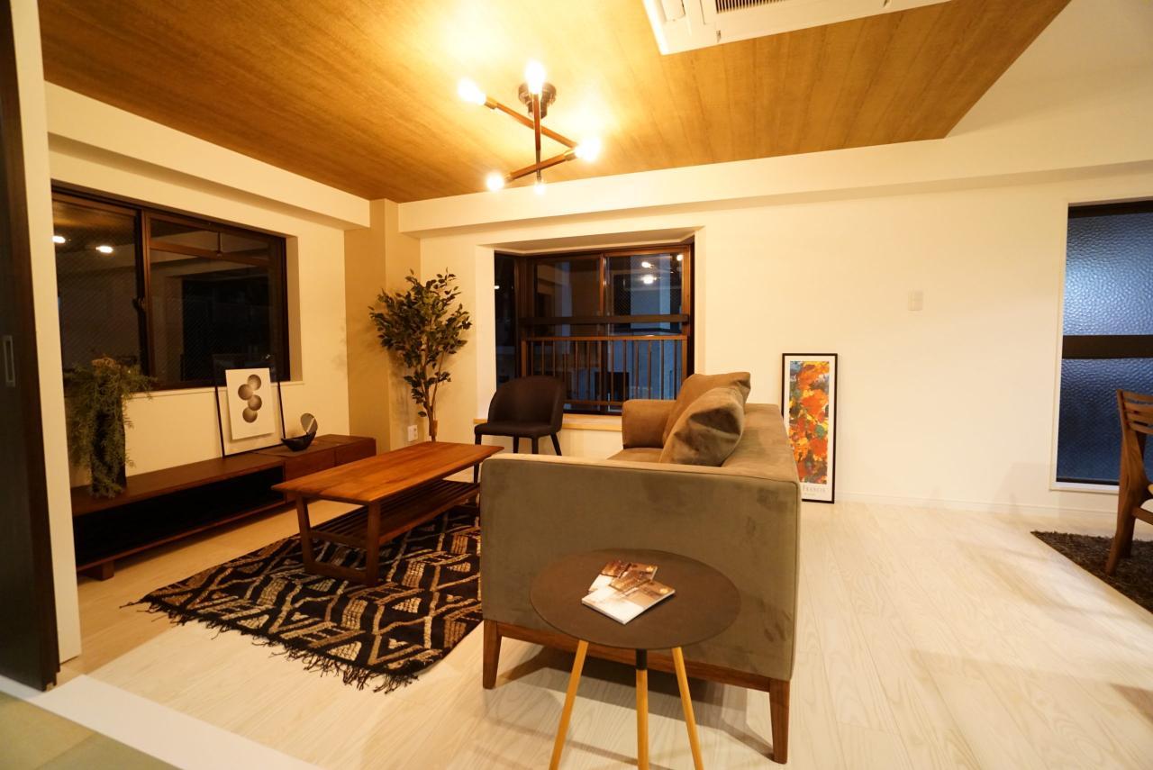 夜の室内~ホームシックさんの展示用家具を入れてみました♪~