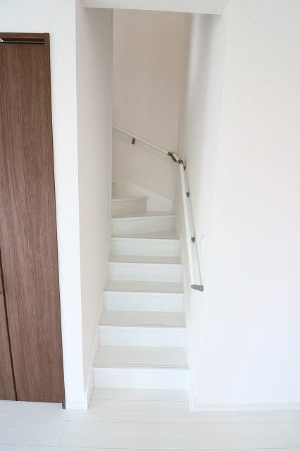 【リビング階段】