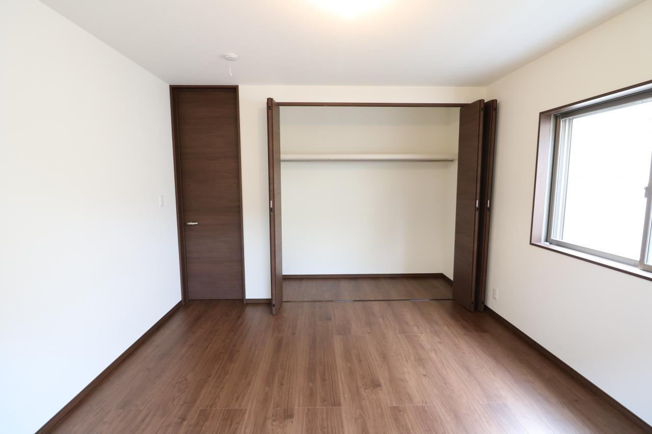 寝室1-2