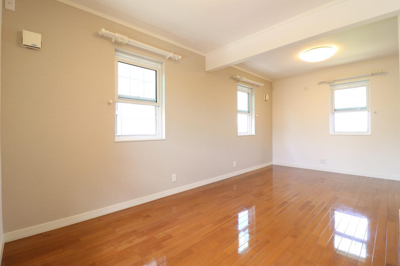 2階洋室1-1